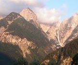 Via Normale Jôf di Miéz - Il Vallone del Rio Saline con a sx lo Jôf di Miéz e a dx lo Zâbus