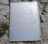Via Normale Picco Pio XI - Targa commemorativa sulla vetta del Picco Pio XI 2282 m