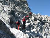 Via Normale Corno di Lago Scuro - Passaggi sotto la cima