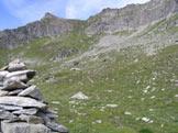 Via Normale Monte Tagliaferro - Il Passo del Gatto dal Passo del Vallarolo. A sinistra il Dosso Grinner