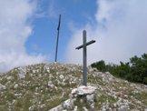 Via Normale Monte La Serra - Alcune Croci lungo la cresta Sud-Est del Monte La Serra