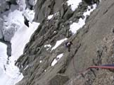 Via Normale Pyramide du Tacul - In arrampicata sulla Via Ottoz