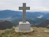 Via Normale Monte Gradiccioli - La nuova croce di vetta.