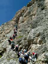 Via Normale Torre Exner (Ferrata Tridentina) - Affollamento in via