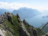 Via Normale Monte Grona - Ferrata del Centenario CAO - Prima Torre e panoramica sul Lago di Como