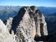 Via Normale Cima Tosa - Via Normale per il Versante SE - Il mastodontico Crozzon di Brenta dalla calotta sommitale
