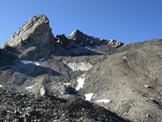 Via Normale Piz Turba - Sul versante NE, la vetta è la piramide al centro che sembra più bassa