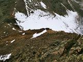 Via Normale Cima della Manzina - Sulla cresta W, a sinistra il Bivacco Del Piero