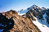 Via Normale Cima Villacorna - L´affilato tratto di cresta che precede la vetta