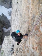 Via Normale Campanile Basso - In arrampicata sulla parete Pooli