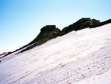 Via Normale Piz Piotta - Il traverso sul Ghiacciaio di Piotta, a sinistra il torrino di vetta