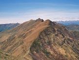 Via Normale Monte Tabòr - La punta del Pizzo di Gino, dalla vetta del Tabòr