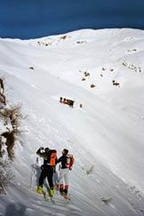 Via Normale Mottone della Tappa - Poco prima di raggiungere l'Alpe Stabbiello, in alto il Mottone