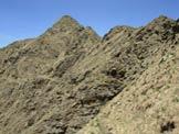 Via Normale Monte Bregagno - Pizzo di Gino - Il Pizzo di Gino dal sentierino sotto la cresta