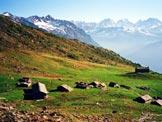 Via Normale Monte Caldenno - Il bellissimo Alpe Arcoglio superiore