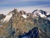 Via Normale Pizzo Bello - Dalla vetta, i Corni Bruciati e a destra il Monte Disgrazia