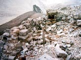Via Normale Punta del Naso (Nagler-Spitze) - Resti di postazioni militari in vetta