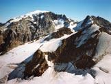Via Normale Punta degli Spiriti - L'Ortles e a destra la costiera Tuckett-Thurwieser-Monte Zebrù