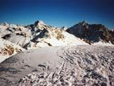 Via Normale Piz Grevasalvas - A sinistra il Piz Güglia, a destra il Piz Lagrev, dalla vetta