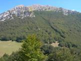 Via Normale Serra del Prete - In discesa verso il Colle Gaudolino, il versante W del M. Pollino