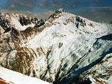 Via Normale Cima di Lemma - da NE - La Cima Vallocci dalla vetta, immagine ravvicinata