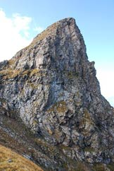 Via Normale Corno di Dombastone - La Cresta Est dalla selletta.