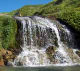 Via Normale Cima della Laghetta (da E) - Una delle cascate delle Cento Fonti
