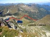 Via Normale Monte Cadelle - Cresta SW - I Laghi di Porcile dalla vetta e l'itinerario di salita