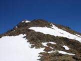 Via Normale Pizzo Bianco - Sguardo verso la cima da sotto l´affioramento roccioso.