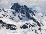 Via Normale Pizzo Bianco - Il Corno di Dosdè dalla cresta poco sotto la cima.