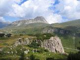Via Normale Tognazza - Poco sopra la palestra di roccia. Sullo sfondo il Castellaz.