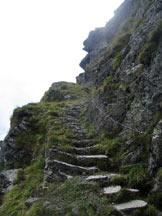 Via Normale Cavallazza Piccola - La scalinata attrezzata.