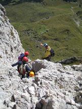 Via Normale Piccola Fermeda - Via Normale - Preparativi per la doppia sopra l�attacco.