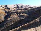 Via Normale Monte Le Vene - L�imponente versante NW del vicino Pizzo di Sevo