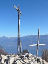 Via Normale Cima Comer (da Tignale) - La cima e il versante del Baldo
