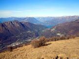 Via Normale Cimone di Margno - La Valsassina e al centro, il Lago di Como, dalla vetta