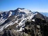 Via Normale Cima di Malvedello - Il Monte Spluga e in basso parte della cresta ENE, dalla vetta