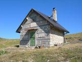 Via Normale Monte Cornacchia - il Rifugio Coppo dell´Orso (chiuso), 1860 m