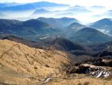 Via Normale Monte Lema - Dalla vetta, a sinistra il sentiero del versante SE