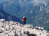 Via Normale Mangart - Ferrata Slovena - Ultimi metri verso la cima con vista della vallata