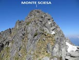 Via Normale Monte Sciesa - All�inizio della cresta E