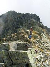 Via Normale Pizzo Giezza - La cresta che dalla cima conduce alle due anticime
