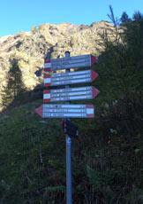 Via Normale Monte Rotondo da Premana - Cartelli indicatori all´Alpe Fraina