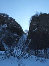 Via Normale Monte Maggiorasca - Canale Marticano - Il canale Marticano a destra la cresta nord della Rocca del Prete