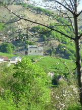 Via Normale Monte Massone - La chiesetta subito dopo il gruppo di case