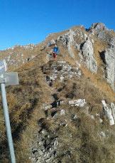 Via Normale Monte Due Mani - da Ballabio - Nei pressi dei segnavia al termine della cresta di discesa