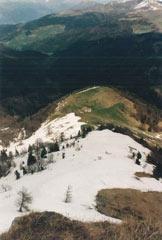Via Normale Monte Guglielmo dal Colle di S. Zeno - Vista sul colle di San Zeno