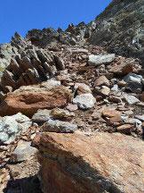 Via Normale Punta Gerlach / Pointe Gerlach - l´imbocco del canalino detritico che immette sull´aerea cresta