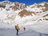 Via Normale Monte Seroti - Salendo in Val Andrina