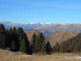 Via Normale Monte Alto - Panorama verso le Orobie bergamasca dalla Malga Ramello del Nedi